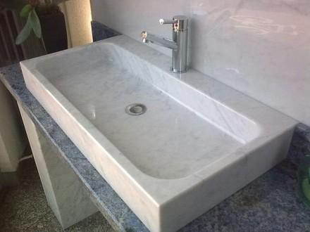 Bagni In Marmo Di Carrara : Lavabo in marmo di carrara sironi marmi