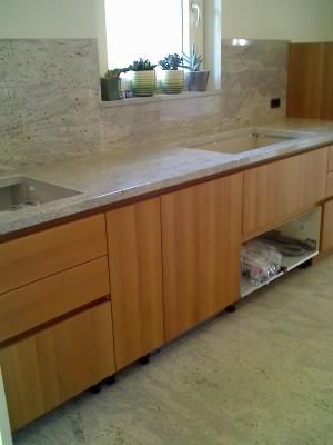 Top cucina granito kashmir white sironi marmi for Top cucina granito
