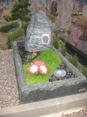 Marmi cimiteriali